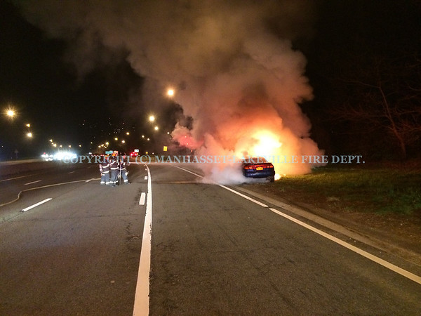 Manhasset-Lakeville F.D. Company #5 Extinguishes Vehicle Fire on NSP
