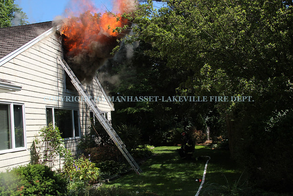 Manhasset-Lakeville Responds To Heavy Fire Throughout Vacant Plandome Manor House
