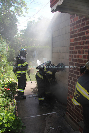 M-LFD Quickly Extinguishes Basement Fire In North New Hyde Park